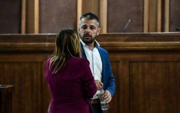Στάθης Μπούκουρας: Να διαλυθεί η Χρυσή Αυγή αν αποδειχθεί η εμπλοκή στη δολοφονία Φύσσα