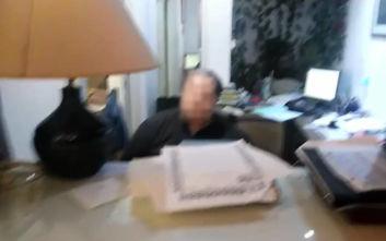 Παρέμβαση Ρουβίκωνα  σε συμβολαιογραφικό γραφείο