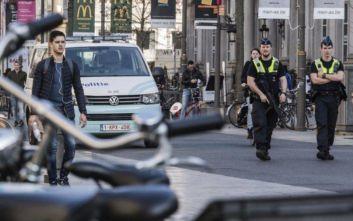 Βέλγιο: Η αστυνομία βρήκε 12 μετανάστες ζωντανούς σε φορτηγό ψυγείο