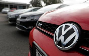 Brexit-Volkswagen: Ο όμιλος αύξησε τα αποθέματα των αυτοκινήτων το Ηνωμένο Βασίλειο
