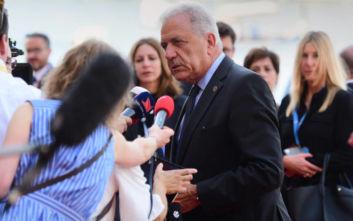 Συνάντηση του Δημήτρη Αβραμόπουλου με τον υπουργό Εσωτερικών υποθέσεων των Σκοπίων