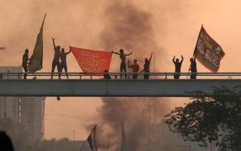 Καζάνι που βράζει η Βαγδάτη, απαγόρευση κυκλοφορίας μετά τους 9 νεκρούς και τους 400 τραυματίες