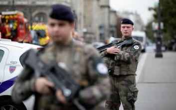 Επίθεση με μαχαίρι στο Παρίσι: Ο δράστης είχε ασπαστεί το Ισλάμ