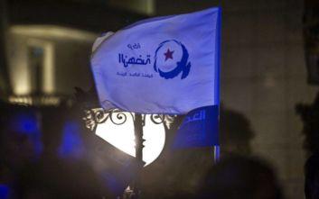 Άνοιξαν οι κάλπες για τις βουλευτικές εκλογές στην Τυνησία