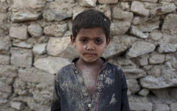 Η βία μαστίζει το Αφγανιστάν παρά την ειρηνευτική διαδικασία