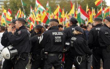 Μετριοπάθεια ζητά το Βερολίνο μετά τις συγκρούσεις Τούρκων και Κούρδων στη Χέρνε