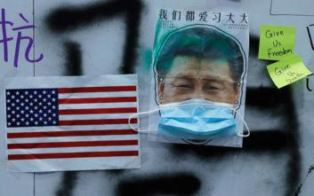 Επίθεση του Πεκίνου εναντίον εμπορικού συμβούλου του προέδρου Τραμπ