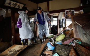 Στις περιοχές που επλήγησαν από τον τυφώνα Χαγκίμπις ο Ιάπωνας πρωθυπουργός