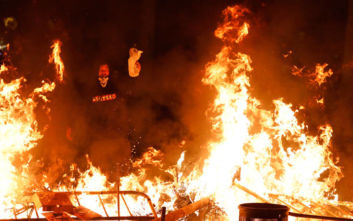 Παραλύει σήμερα η Καταλονία: Γενική απεργία και καταλήψεις αυτοκινητοδρόμων
