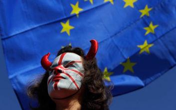 Brexit: Στις 12 Δεκεμβρίου οι πρόωρες εκλογές στη Μεγάλη Βρετανία