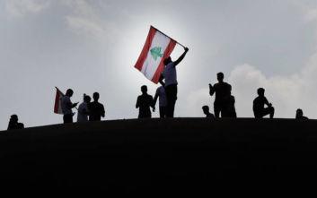 Λίβανος: Διαδηλωτές έκλεισαν δρόμους για να εμποδίσουν εργαζόμενους να πάνε στις δουλειές τους