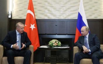 Μαραθώνιος συνομιλιών Ερντογάν - Πούτιν και ο «πλούσιος» μπουφές για τους δημοσιογράφους