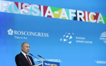 Η Ρωσία διαγράφει το χρέος της Αιθιοπίας και ετοιμάζει «απόβαση» στην Αφρική