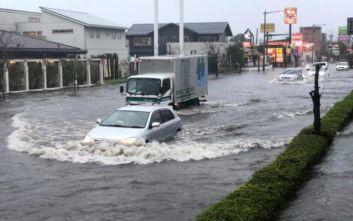 Τουλάχιστον οκτώ νεκροί από τις καταρρακτώδεις βροχές και τις κατολισθήσεις στην Ιαπωνία
