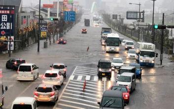 Δώδεκα οι νεκροί από τις πλημμύρες στην Ιαπωνία