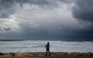 Πορτοκαλί προειδοποίηση στην Κύπρο για καταιγίδα και πιθανώς χαλάζι