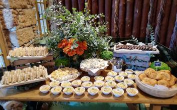 Ακαταμάχητες καινοτόμες επιλογές φαγητού για όλη την ημέρα αποκλειστικά στα Starbucks