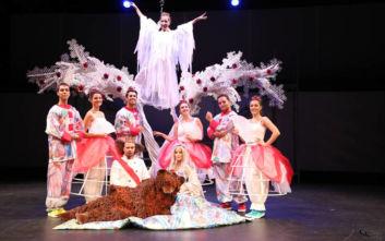 Η παράσταση «Η Παπλωματού» στην Παιδική Σκηνή Μαριάννας Τόλη