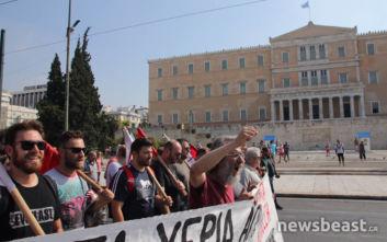 Οι απεργιακές κινητοποιήσεις στο κέντρο της Αθήνας σε φωτογραφίες