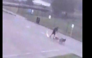 Τέξας: Κεραυνός χτύπησε και σώριασε στο έδαφος άντρα