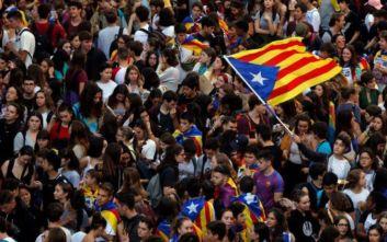 Βαρκελώνη: Στους 180 οι τραυματίες από τις βίαιες συγκρούσεις