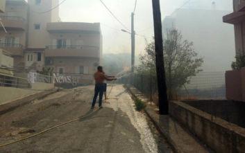 Υπό έλεγχο η φωτιά στο Ρέθυμνο, δίπλα στα σπίτια έφτασαν οι φλόγες
