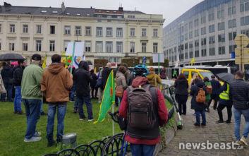 Διαμαρτυρία των Κούρδων τώρα έξω από το Ευρωκοινοβούλιο