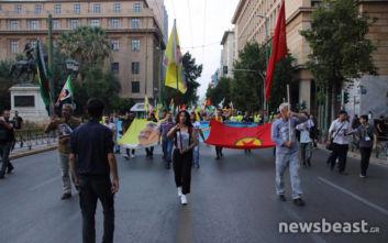 Πορεία Κούρδων προς την τουρκική πρεσβεία στην Αθήνα