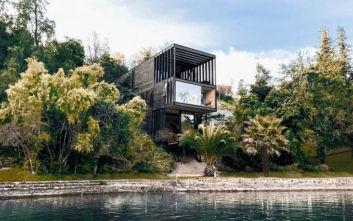 Το σπίτι που δάμασε μια πλαγιά με αριστουργηματικό τρόπο
