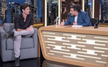 The 2 Night Show: Σάρωσε σε τηλεθέαση ο Γρηγόρης Αρναούτογλου