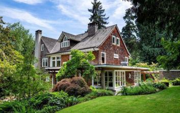 Το μοιραίο σπίτι του Κερτ Κομπέιν που πωλείται έναντι 7 εκατ. ευρώ