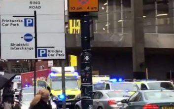 Τέσσερις τραυματίες από την επίθεση σε εμπορικό κέντρο στο Μάντσεστερ