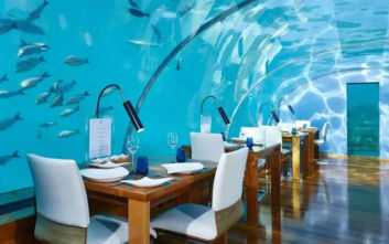 Υποβρύχια εστιατόρια που σερβίρουν με θέα στο βυθό της θάλασσας