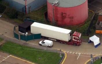Επαναπατρίζονται οι σοροί από το φορτηγό του τρόμου στο Έσεξ