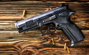 Συνελήφθη αστυνομικός που πυροβολούσε έξω από hotspot στην Ορεστιάδα