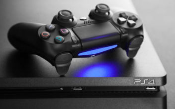 H πρωτιά του PlayStation 4
