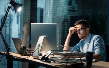 Γιατί κάποιες εταιρίες αναγκάζουν τους υπαλλήλους τους να… πάρουν άδεια