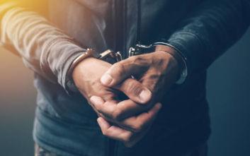 Χειροπέδες σε ζευγάρι στο Πακιστάν που κατηγορείται ότι σκότωσε την 7χρονη υπηρέτριά του