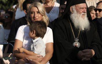 Ο ενθουσιασμός του γιου της Σίας Κοσιώνη στην παρέλαση: «Μαμά! Ουαου! Μαμά! Ουαου!»