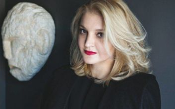 Σοκ στον χώρο της μόδας: Πέθανε η διάσημη σχεδιάστρια Σοφία Κοκοσαλάκη