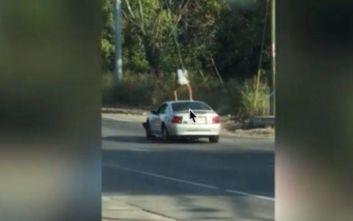 Τενεσί: Χειροπέδες σε 23χρονη που έκανε twerking σε οροφή αυτοκινήτου... εν κινήσει!