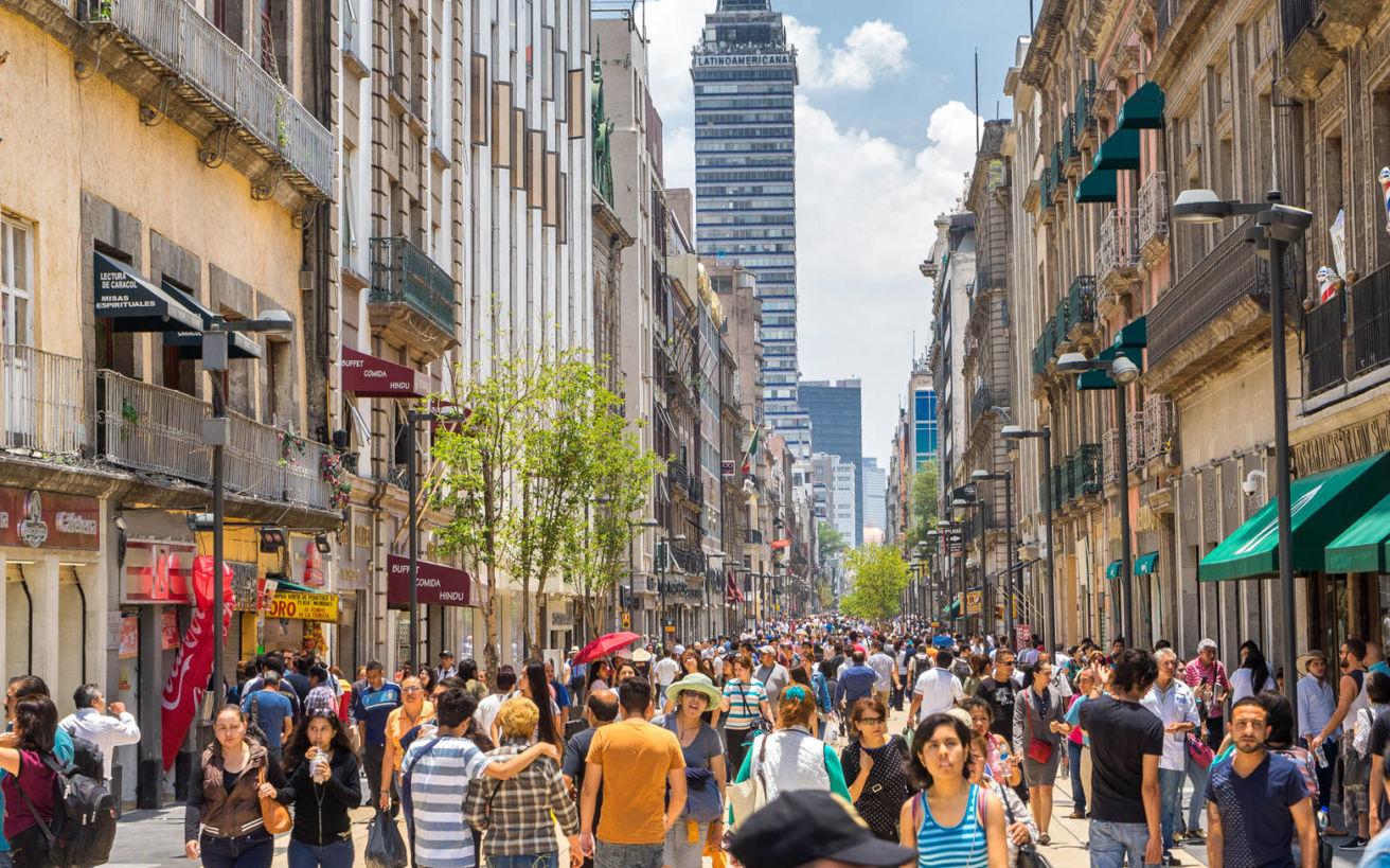 Η πρωτεύουσα που «βυθίζεται» 40 εκατοστά τον χρόνο