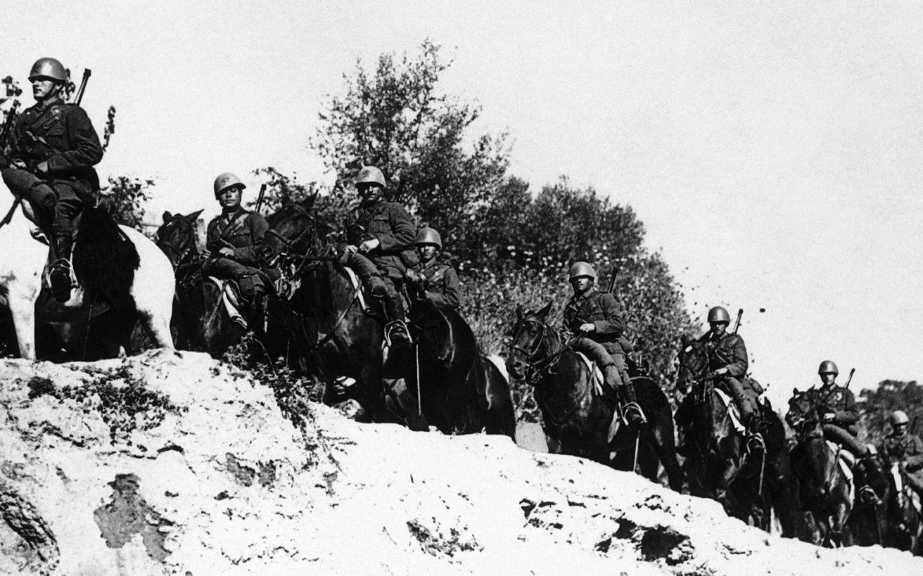 Αποτέλεσμα εικόνας για Μύθοι, ανακρίβειες και μισές αλήθειες για τον Πόλεμο του 1940