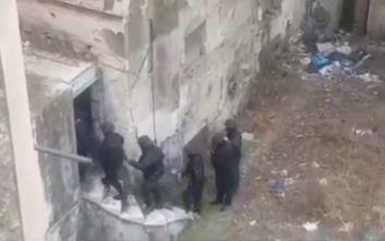 Το βίντεο από την αστυνομική επιχείρηση με τα ναρκωτικά στην Αθήνα