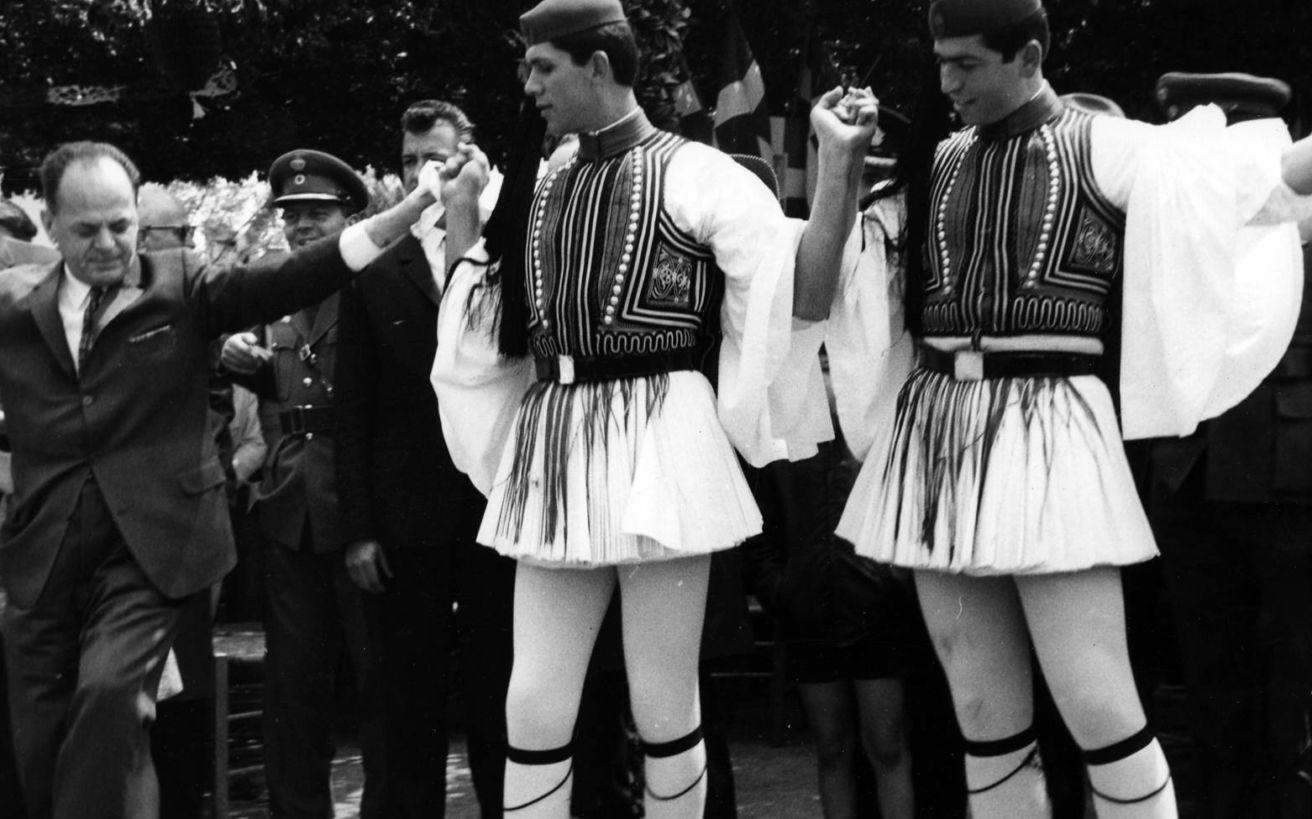 Πώς βρήκε την Ελλάδα η εξέγερση του Πολυτεχνείου