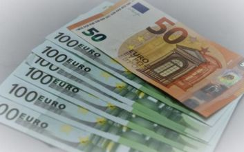 Reuters: Η ελληνική κυβέρνηση σκοπεύει να πουλήσει σε ιδιώτες ασφαλιστικές οφειλές 12 δισ. ευρώ