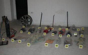 Θεσσαλονίκη: Συμμορία «χτυπούσε» σε σπίτια, επιχειρήσεις, δημόσιες υπηρεσίες και έκλεβε οχήματα