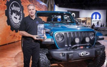 Το Jeep Wrangler «4x4/SUV of the Year» στις ΗΠΑ