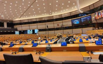 Πέτρος Κόκκαλης: Η απογοητευτική εικόνα του Ευρωκοινοβουλίου στη συζήτηση για τη Μόρια