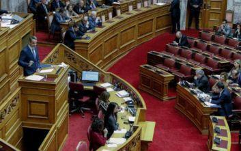 Σκληρή κόντρα Μητσοτάκη και Τσίπρα στη Βουλή: «Είστε αδιάβαστος και επιπόλαιος» - «Είστε ψεύτης και δειλός»